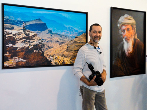 Юрий Афанасьев на Фотофоруме 2010. Фотовыставка на стенде Son